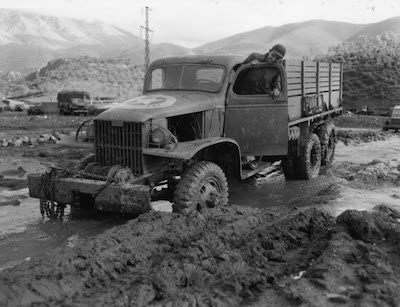 """45th ID """"Deuce and a Half"""" Stuck in the mud of Italy 1943"""